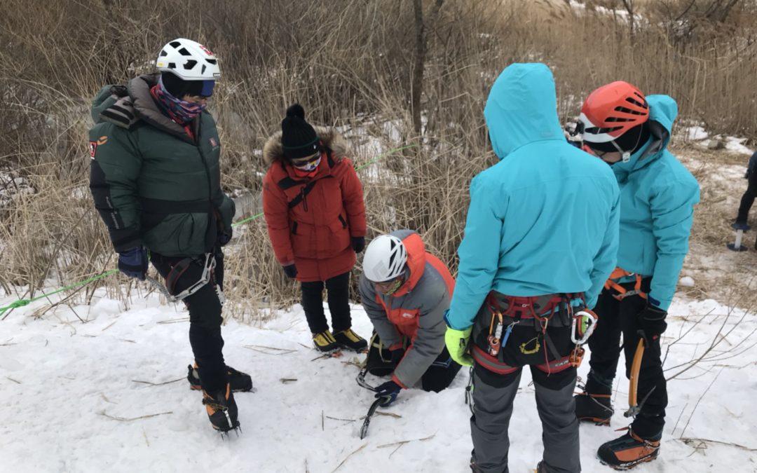 2018韓國冰攀交流~韓國道路公社攀登隊對登山的熱情 帶著滿滿回饋台灣山友們/8k4班吳瑋涵